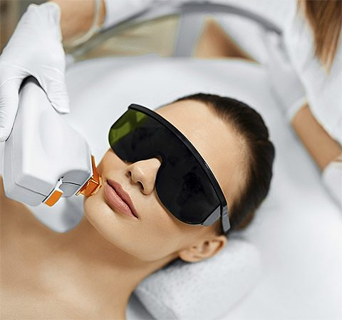 Do I Need An Intense Pulsed Light Treatment And What Is It